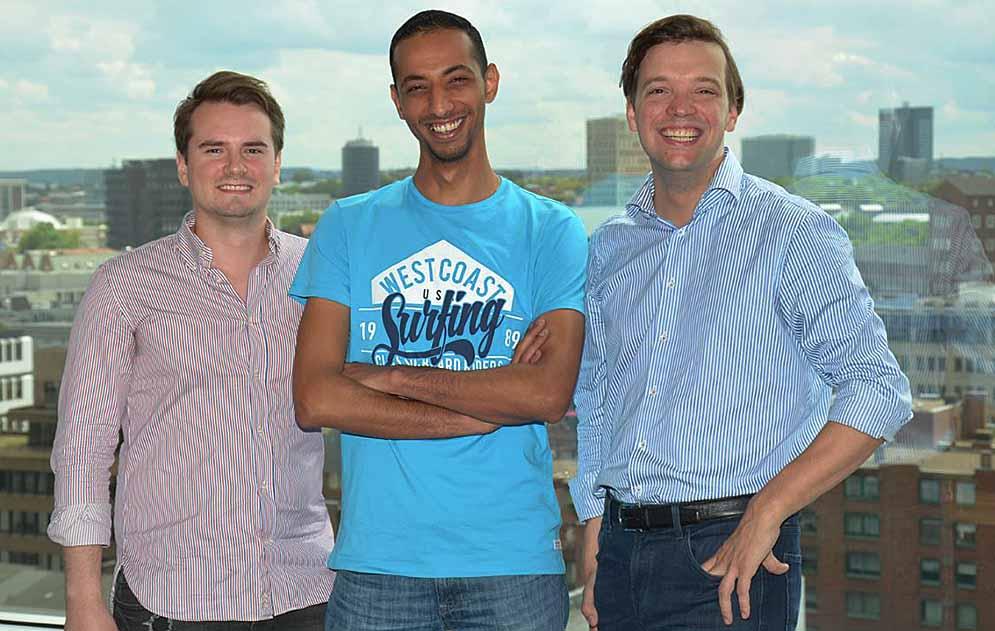 Philipp Wilbrink, Mishael Azer und Philipp Deters (v.l.n.r. ). Foto: Michael Schneider/ Jobcenter Dortmund