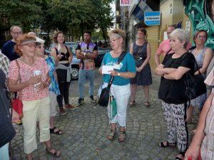 Die stadtgeschichtliche Führung mit Annette Kritzler erfreut sich großer Beliebtheit.