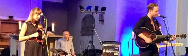 """Musikfestival """"Halleluyeah"""" holt Rockbands zum sechsten Mal vor den Altar der Pauluskirche in der Nordstadt"""