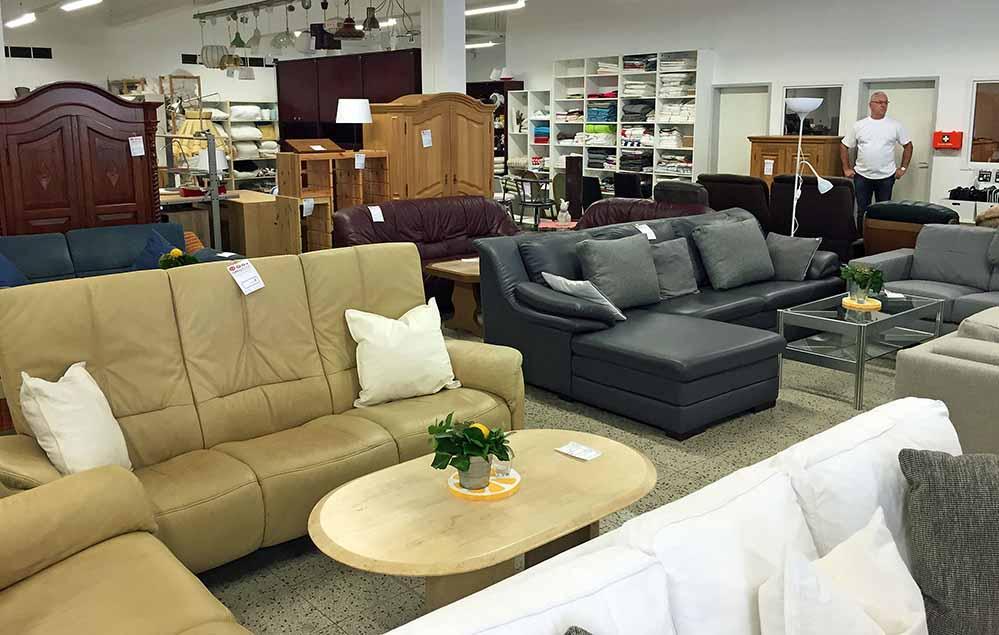 jobperspektive aus ehemaligem aldi markt in scharnhorst ist ein moderner fairkauf hof mit. Black Bedroom Furniture Sets. Home Design Ideas
