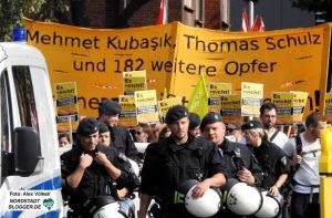 Ein Großaufgebot der Polizei begleitete die Demonstration.