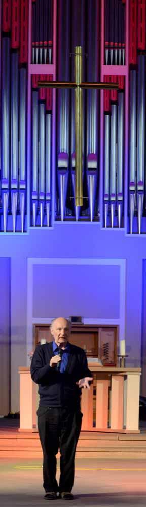 Pauluskirche - Eugen Drewermann zum Antikriegstag_6343 - NSB