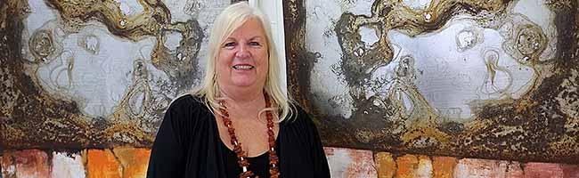 Nordstadt-Künstlerin Brigitte Bailer hat es gern gesellig: Kunstvoller Jahresausklang im Atelierhaus Westfalenhütte