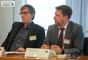 Tag der Religionen. Friedrich Stiller und Thomas Renneke stellen den Dortmunder Dialogkreis vor