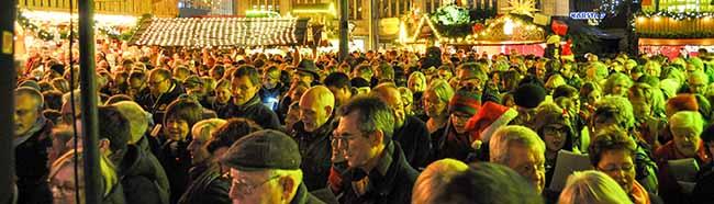 8. Dortmunder Weihnachtssingen auf dem Hansaplatz: Gemeinsam Singen – gemeinsam Gutes tun