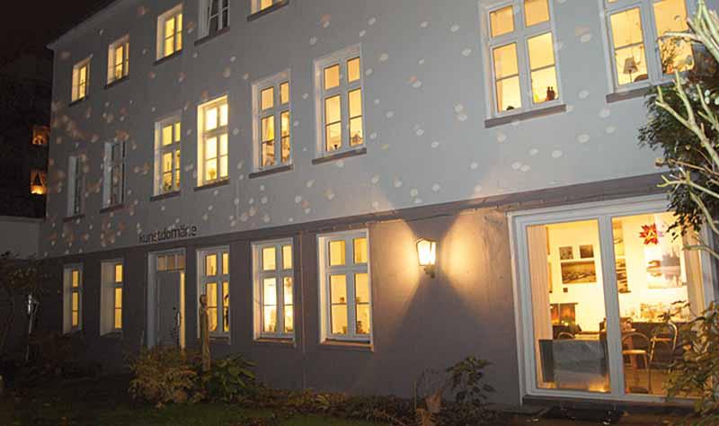 Das Atelierhaus kunstDOmäne in der Schillerstraße 43A laden wieder ein. Foto: Rita-Maria Schwalgin