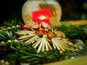 Bei allen Unterschieden steht die Familie in allen Kulturen im Mittelpunkt des Weihnachtsfestes.