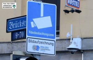 In der Brückstraße wird heute Nacht mit der Videobeobachtung begonnen.