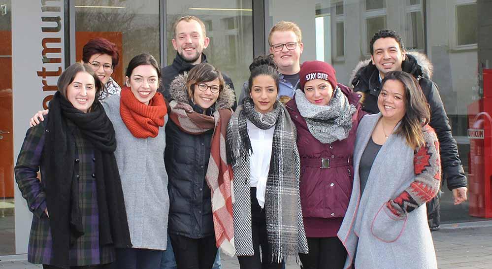 """Aus Griechenland wieder zurück an der Fachhochschule Dortmund: Studierende aus dem Projekt """"Grenzenlose Wärme"""". Foto: Fachhochschule Dortmund"""