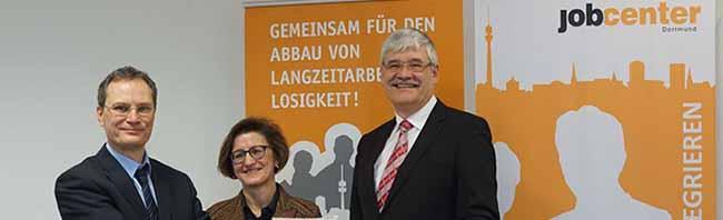 Jobcenter Dortmund zieht eine positive Jahresbilanz und rechnet 2017 erneut mit weniger Langzeitarbeitslosen