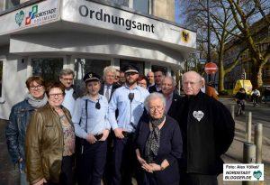 Großer Bahnhof für die neue Außenstelle des Ordnungsamtes in der Nordmarkt-Apotheke.