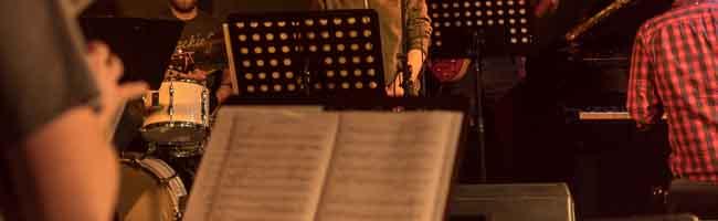 """Der """"Dortmunder Jazzsalon"""" bringt junge MusikerInnen aus Amiens, Leeds und Dortmund zusammen"""