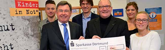 """5.000 Euro für """"Dortmunder Kinder in Not"""": Marianne-Hoffmann-Stiftung unterstützt Hilfsfonds katholischer Dienste"""