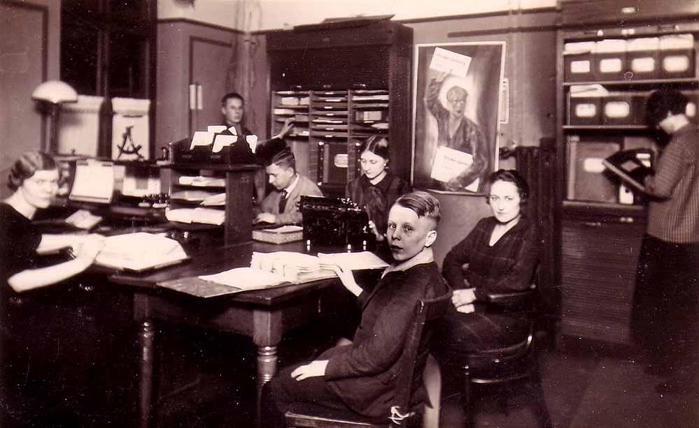 Redaktionsraum der WAVZ in der Kielstraße, 1925/30 (Sammlung Klaus Winter)