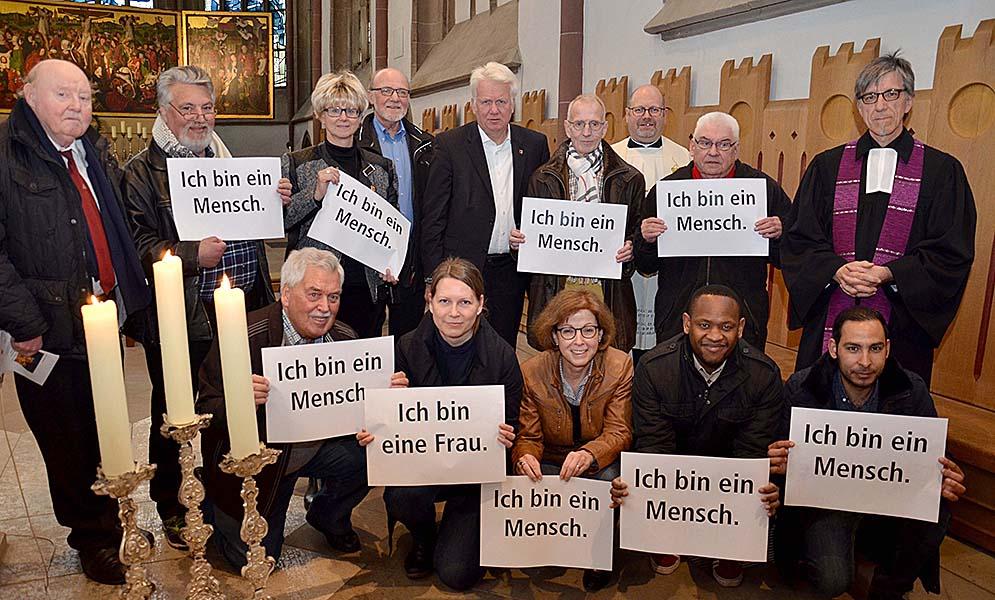 Um die Gleichwertigkeit aller Menschen ging es am Montag im Ökumenischen Gottesdienst zum Tag der Arbeit in der Propsteikirche. Foto: Michael Bodin/ pdp