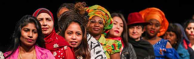 """""""Einfach frei?!"""": Ein Theaterstück lässt die Teilnehmerinnen auch im wahren Leben ihre Stimme entdecken"""