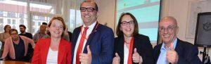 Die Dortmunder SPD hatte gut lachen: Nadja Lüders, Volkan Baran, Anja Butschkau und Armin Jahl holten sich die vier Direktwahlkreise. Foto: Alex Völkel