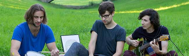 """Musik-Stammtisch im """"domicil"""" informiert über Fördermöglichkeiten – """"One Oak Live"""" spielt"""