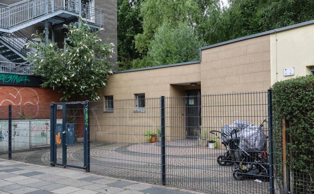 Die Feuerleiter ist ein Anziehungspunkt für Obdachlose - häufig übernachten sie hier.