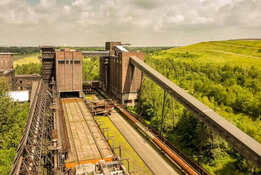 Der Blick vom Kokslöschturm auf die Kokerei Hansa. Fotos: Roland Klecker/dofoto.de