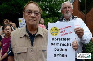 SPD-Urgestein Hans-Eberhard Urbaniak forderte sichtlich angefasst den Erhalt des Bades.