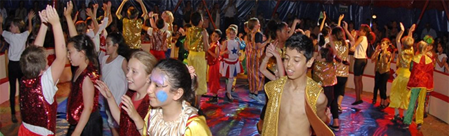 """Kostenlos in die """"Traumwelt Zirkus"""": In den Sommerferien heißt es wieder """"Manege frei"""" am Dietrich-Keuning-Haus"""