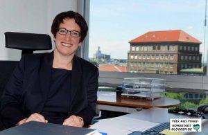 Heike Heim ist seit Sommer 2017 Geschäftsführerin von DEW21. Foto: Alex Völkel