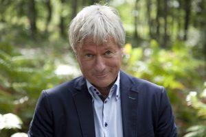 """Jürgen Becker präsentiert in der DASA sein aktuelles Programm """"Volksbegehren"""". Foto: Simin Kianmehr"""