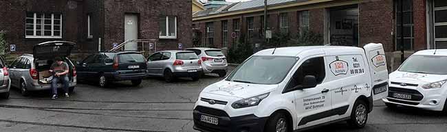 Stadt will die Parkplätze am Klinikum-Nord kostenpflichtig machen – Depot und Anlieger sorgen sich vor Parkdruck