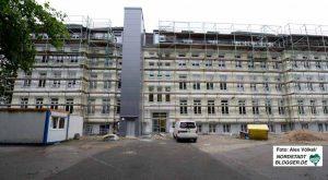 Die Anne-Frank-Gesamtschule besteht auf verschiedenen Gebäudeteilen. Die Sanierung ist fast fertig.