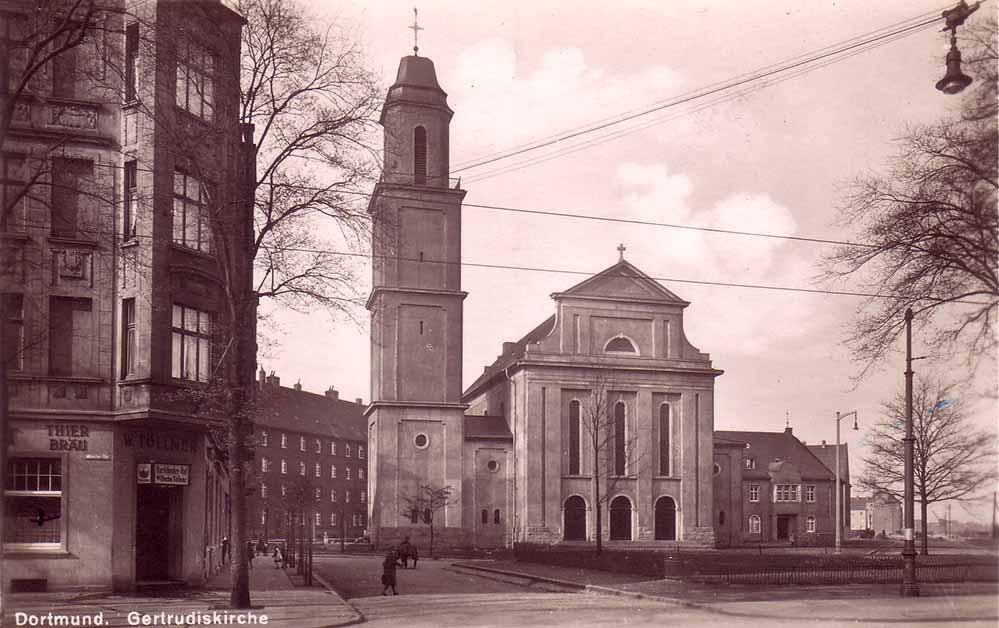 Die Gertrudiskirche - eine Ansicht von 1930. Im Krieg wurde sie stark beschädigt und die Orgel zerstört. Bild: Sammlung Klaus Winter