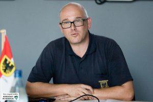 Feuerwehr-Chef Dirk Aschenbrenner stellt den Jahresbericht der Feuerwehr Dortmund vor.