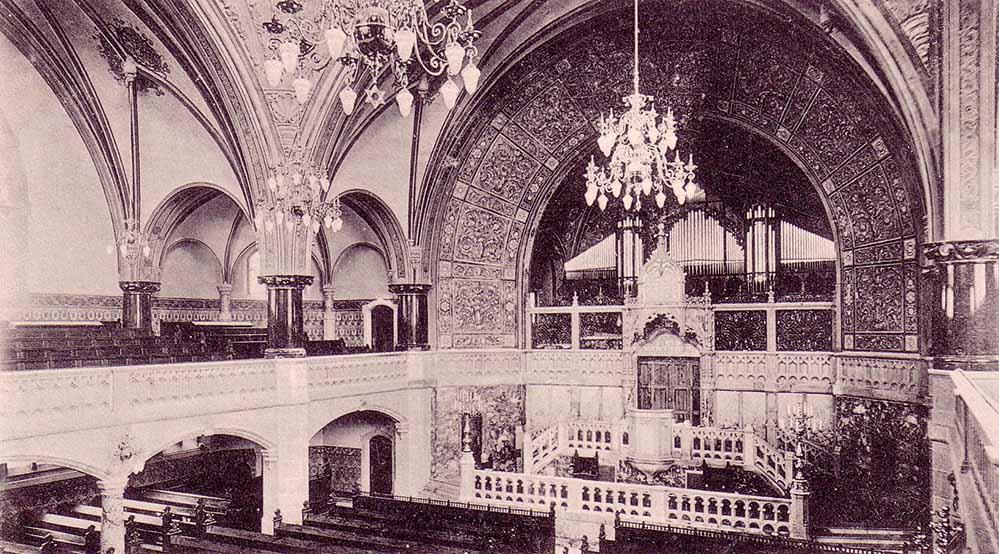 Innenansicht der 1900 eröffneten Synagoge mit der imposanten Walker-Orgel. Bild: Sammlung Klaus Winter