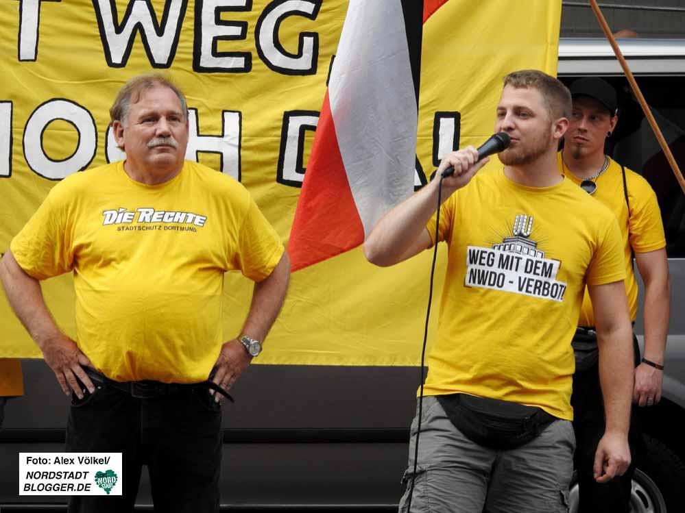 Der frühere Feuerwehrchef Klaus Schäfer und Demoanmelder und Versandhändler Michael Brück.