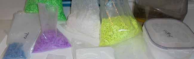 Schlag gegen organisierte Kriminalität: Die Polizei hebt einen Drogenversandhandel in Dortmund aus
