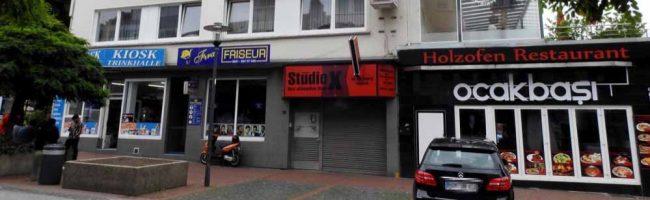 """Das Pornokino """"Studio X"""" ist Geschichte – Der Eigentümer setzt auf eine städtebauliche Aufwertung am Burgtor"""