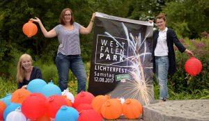 Sabine Müller, Denise Burkhardt und Nicole Hille vom Westfalenpark stellten das Lichterfest 2017 vor. Foto: Ole Steen