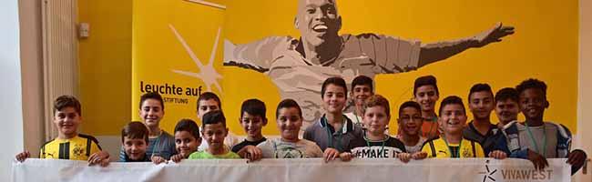 """Die TeilnehmerInnen des """"Street Soccer NordCup"""" in Dortmund werden besonders für Fairness im Sport belohnt"""