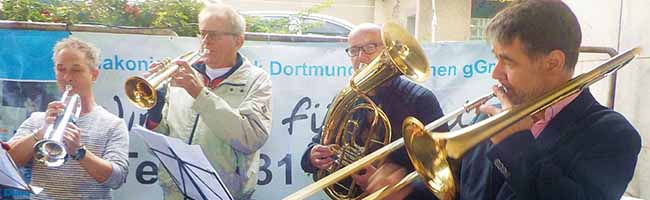 """Zentrale Beratungsstelle für wohnungslose Menschen in Dortmund besteht seit 40 Jahren – """"Markt der Diakonie"""""""