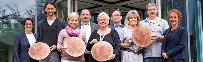 Centbeträge des Gehaltes werden für gute Zwecke gesammelt: Beschäftigte von DEW21- und DONETZ spenden 10.000 Euro