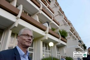 Rainer Stücker vom Mieterverein stand den Betroffenen mit Rat und Tat zur Seite.