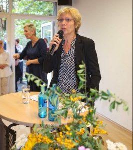 Daniela Schneckenburger hielt die Rede und viel Lob für den Verein parat.