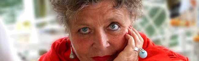 """Schriftstellerin Ursula Maria Wartmann aus Dortmund ist """"Autorin des Jahres 2017"""" der Autorinnenvereinigung e.V."""