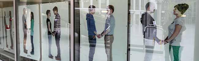 """Zum Internationalen Coming Out Tag: Die Ausstellung """"wir lieben"""" ist in der Berswordthallein Dortmund zu sehen"""