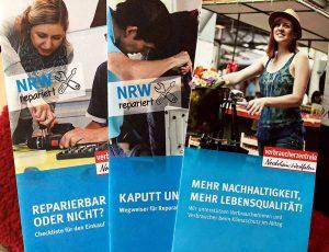 Flyer mit wichtigen Tipps gibt es kostenlos bei der Verbraucherberatung an der Reinoldistraße. Fotos: Joachim vom Brocke