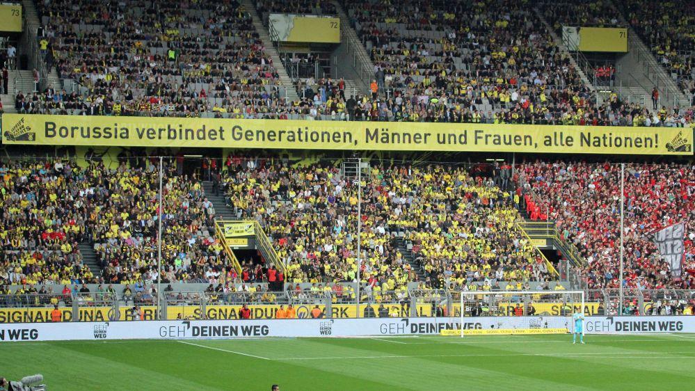 Borussia verbindet Nationen. Männer und Frauen. Alle Nationen. Foto: BVB-Fanabteilung