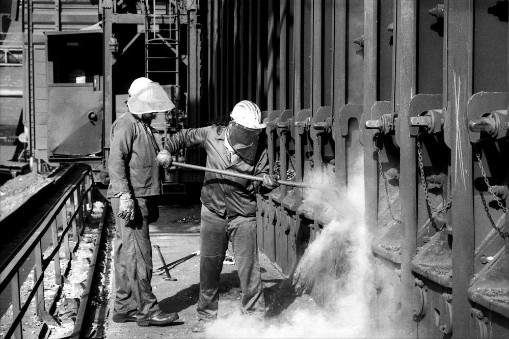 Arbeiter auf der Kokerei Hansa in Dortmund- Huckarde (ca. 1990).Foto: Kreikenbohm