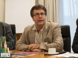 Thomas Oppermann im Dortmunder Rathaus bei der Präsentation des Viefalt-Kalenders