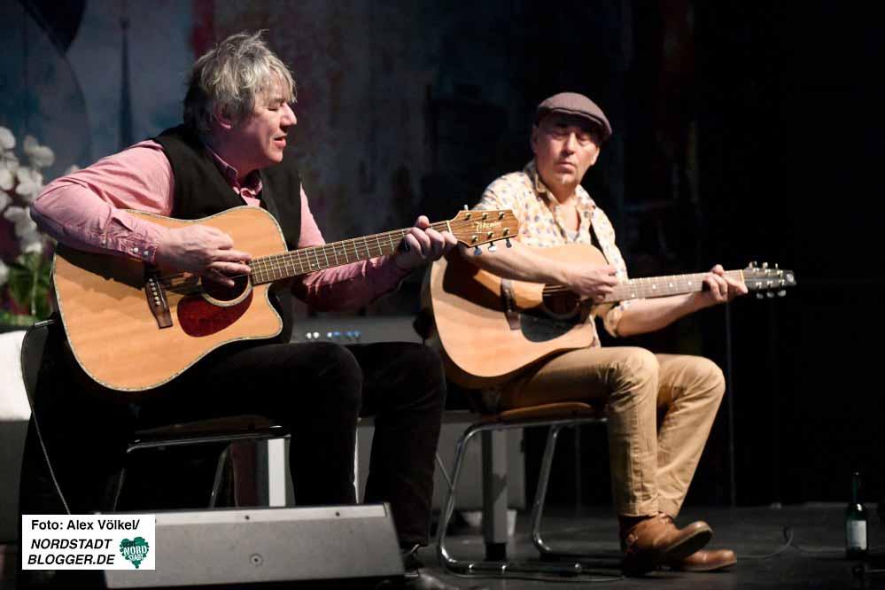 """Die Band """"The Old Bridge"""" - Gitarristen der Kultband """"Mostar Sevdah Reunion"""" - sorgten für den musikalischen Rahmen."""