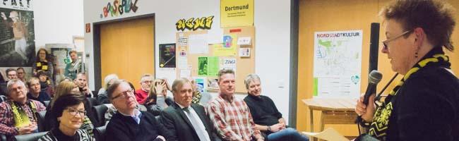 Zehn Jahre Runder Tisch BVB und Borsigplatz: Knut Reinhardt las aus seinem Buch, Fred Ape spielte aus seinem Songbook